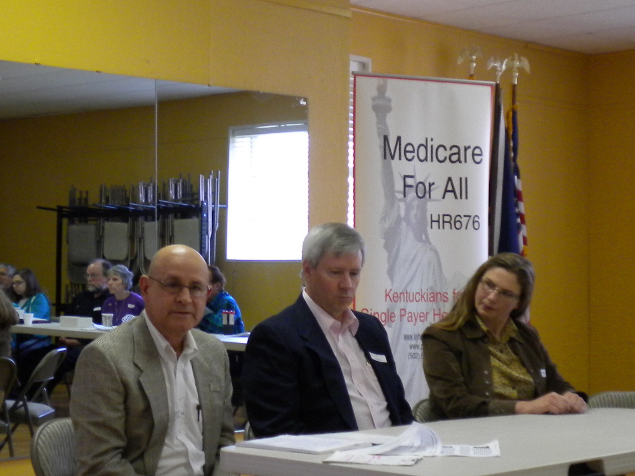 Edgar Lopez, MD, moderated a panel of Kentucky physicians at the PNHP-KY Annual Meeting.